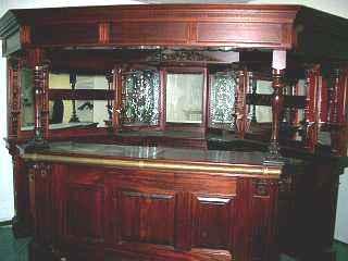 Mobili per ufficio arredi e attrezzature bar e for Mobili da reception